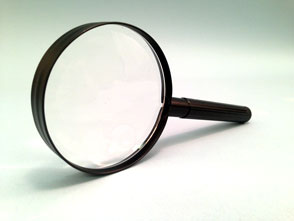 Bifocal Magnifier with Metal Handle